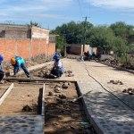 Alcalde Memo Vega supervisa obras en comunidades de SJR