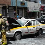 Se incendia taxi en la Zona centro de Saltillo