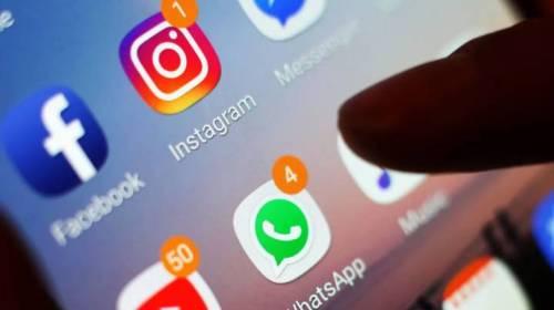 ¿Cómo nos manipulan la Redes Sociales?