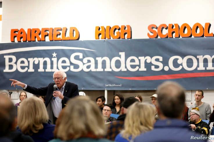 Democratic U.S. presidential candidate Senator Bernie Sanders speaks during a campaign rally at Fairfield High School in…