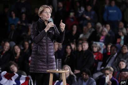 Democratic presidential candidate U.S. Sen. Elizabeth Warren, D-Mass.,speaks during a town hall, Friday, Feb. 21, 2020, in Las…