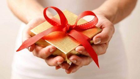 Jak zrobić łuk na prezent?