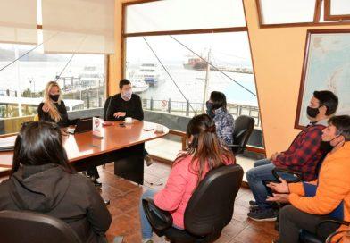 La secretaría de turismo trabaja en conjunto con integrantes de transporte de línea regular