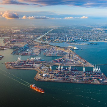 Port of Long Beach cuts SOx emissions by 97 per cent
