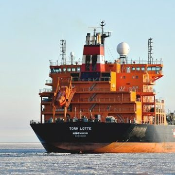 Danish research project leads to significant fuel savings for J. Lauritzen and Torm