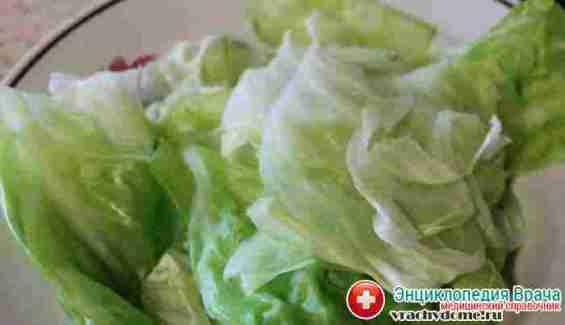 Лечение себорейного дерматита повязками из листьев капусты