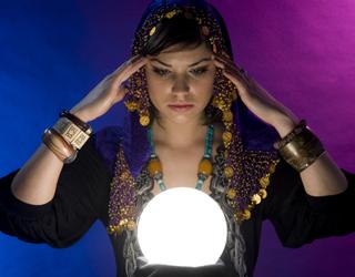 Portalul vrăjitoarelor din România este ca un catalizator