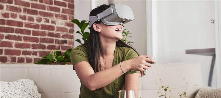 oculus go vr headset girl