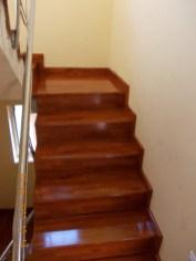scari-din-lemn-7