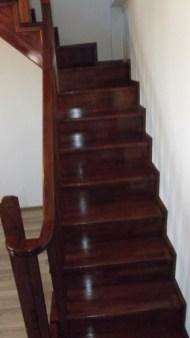 scari lemn interior