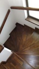 scari lemn