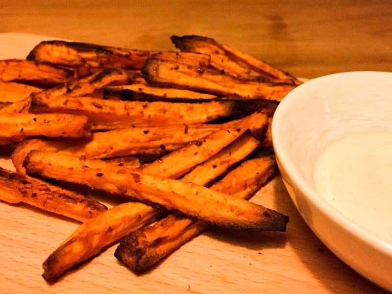 Pittige zoete-aardappelfrietjes