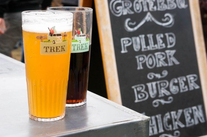 Bier en burgers op TREK