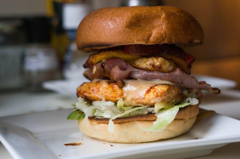 Dubbeldikke kipburger