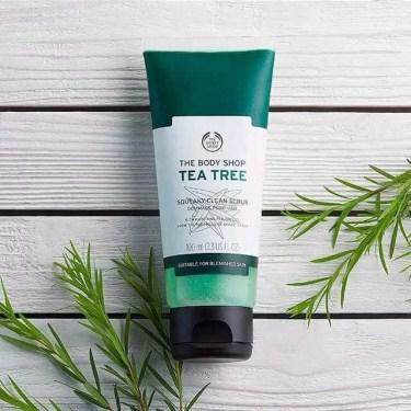 The Body Shop Tea Tree Squeaky Clean Scrub