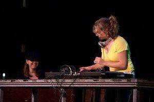 Vanessa & DJ Killa Jewel; Montreal Jazz Festival 2006