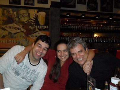 Vanessa with Rafael Barata and Ricardo Silveira; Rio de Janeiro, May 15, 2012