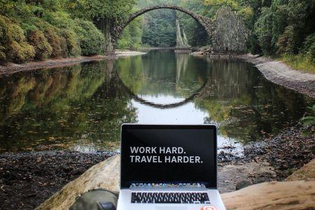 Geld verdienen op reis? De 6 beste manieren!
