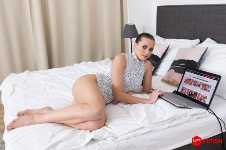 Stacy Cruz VRPorn