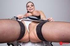 Sofia Lee VRPorn