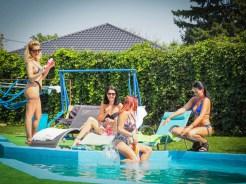 VRPorn Eva Wild & Sugar Ariana & Rosse & Etty - Sharing Hubby With Pool Girlfriends