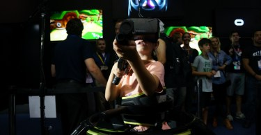 E3 VR Virtual Reality Virtuix Omni