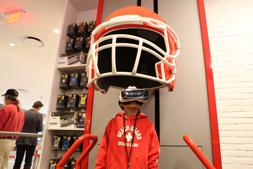 Verizon NFL Virtual Reality Destination Store