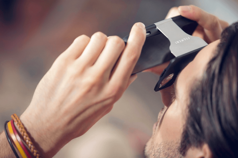 figment-vr-virtual-reality-phone-case5