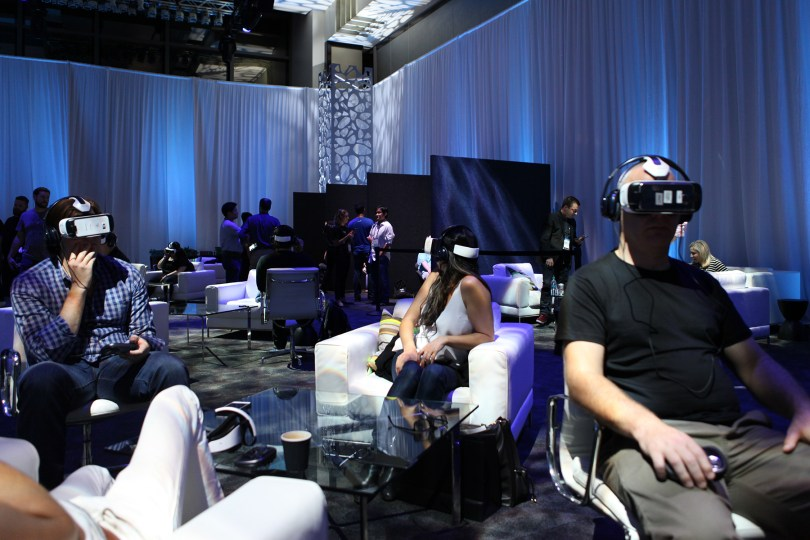 Oculus Social Gear VR