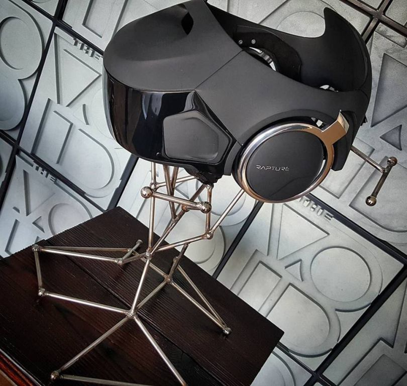 the-void-vr-helmet