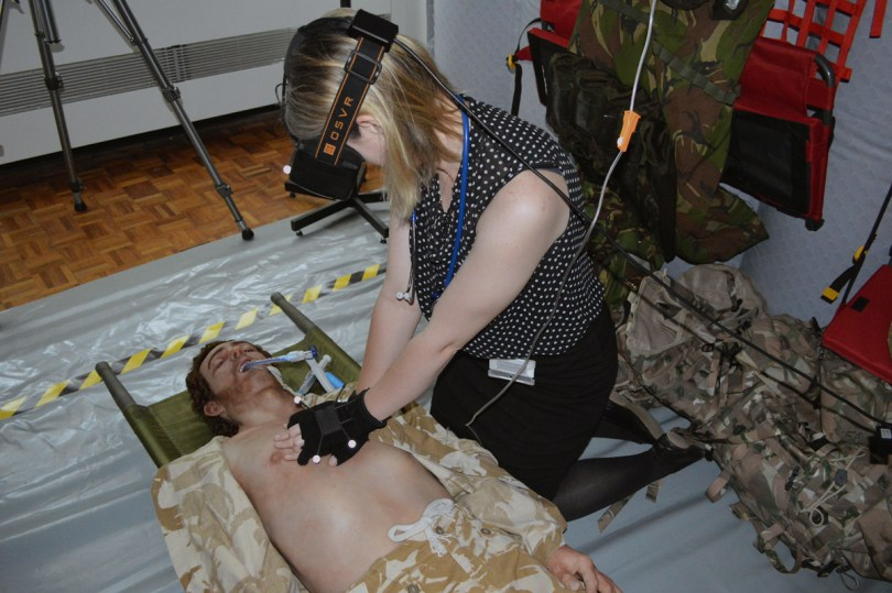 vr-medic-war-simulator3