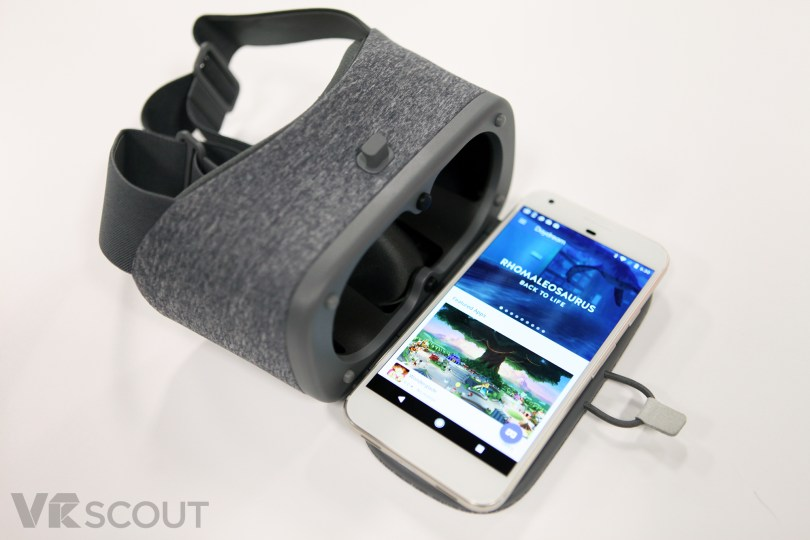 daydream-view-headset
