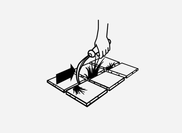 krempeljc odstranjevanje plevela iz fug