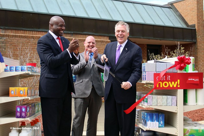 CVS Ribbon cutting