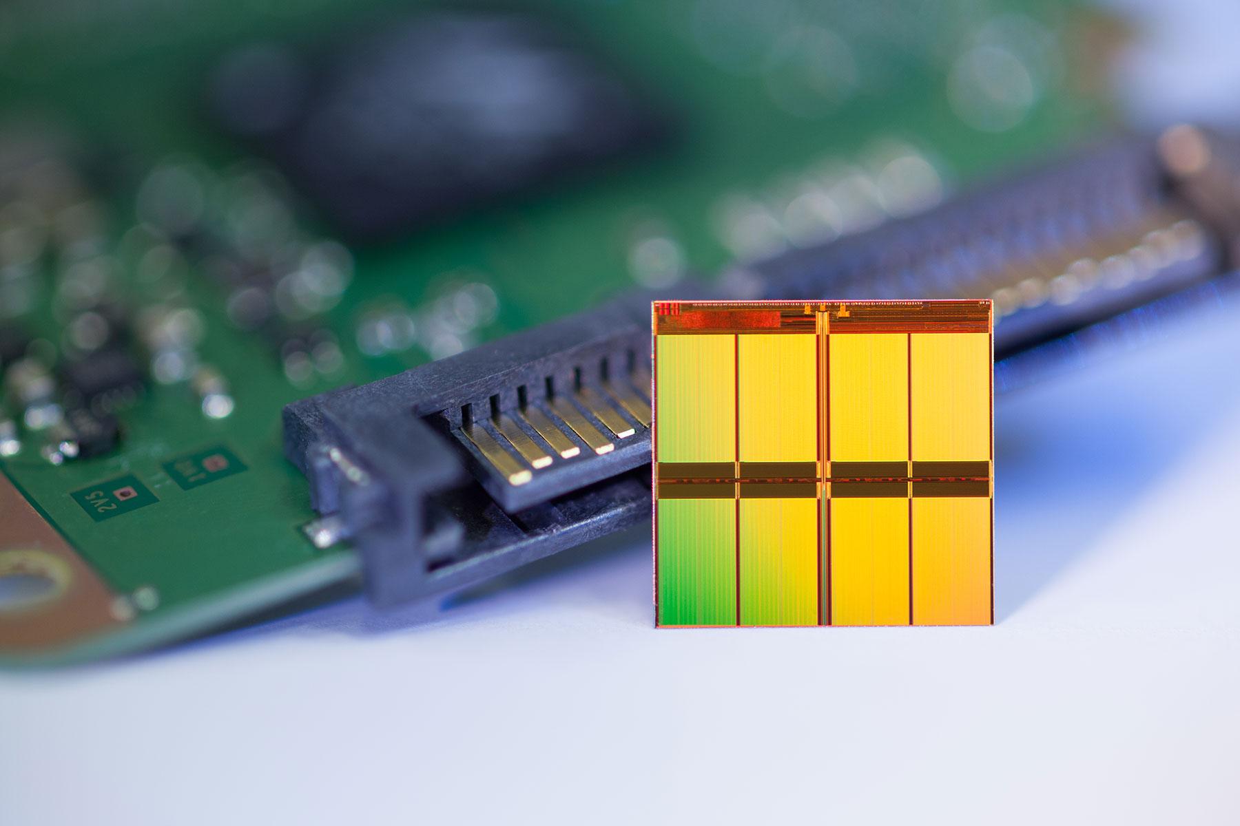 Micron's 16nm MLC NAND Flash memory chip