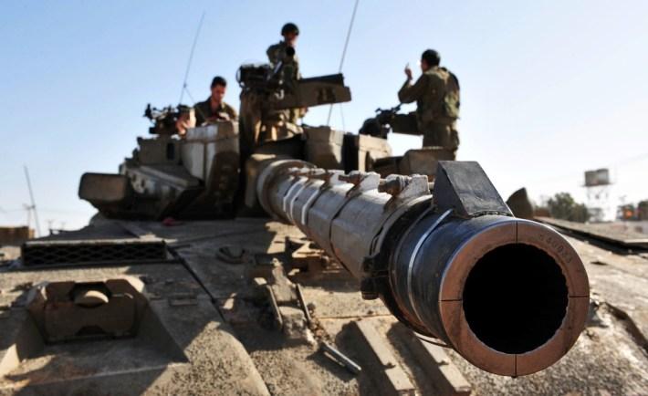 Israel tank amid Gaza conflict