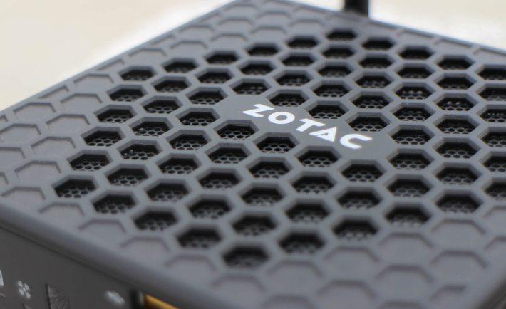 Zotac Zbox CI320 Nano 01