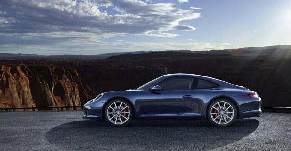 2012-new-porsche-911-Carrera-S