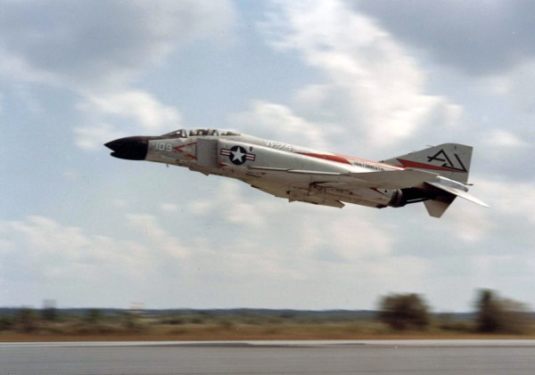 F-4B_VF-74_taking_off_1961