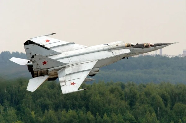 Russian_Air_Force_MiG-25