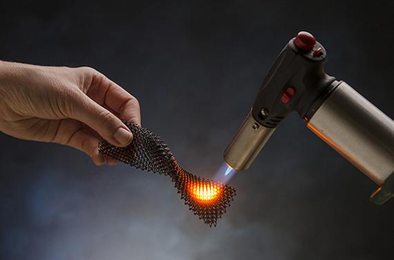 HRL Laboratories demonstrates a breakthrough in 3D printing: ceramics.
