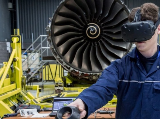 Qatar Airways to train engineers in VR for Rolls-Royce Trent XWB engine maintenance