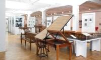 VS | The School Museum | Historic school furniture