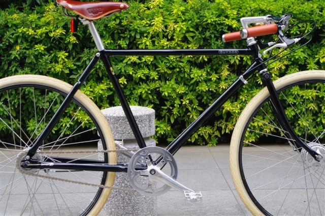 PASHLEY CYCLES / Guv'nor 3SPEED 650B