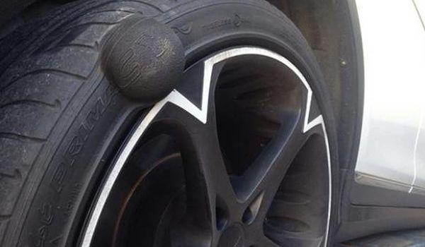 «Шишка» на колесе, можно ли ездить и что с ней делать?