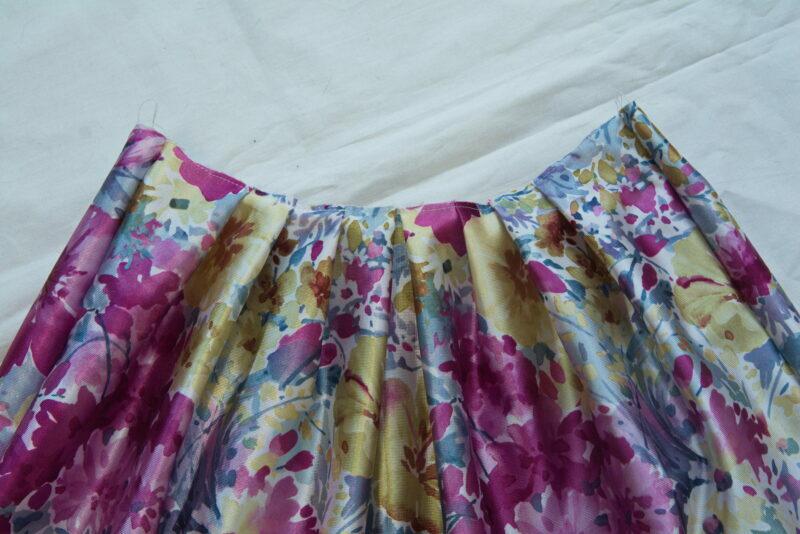 складки на юбке детского платья