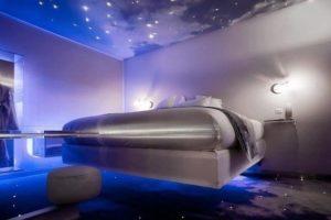 Космический стиль в интерьере спальной-1