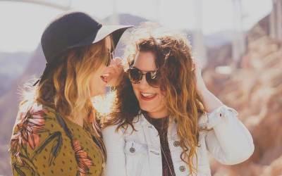 7 ползи да имаш приятели до себе си