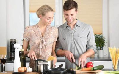 Мъжът ми готви и чисти