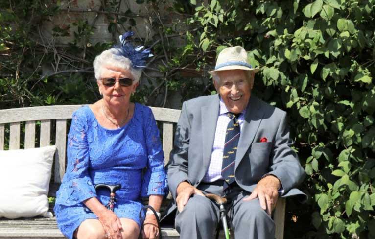 Пенсионери искат в Англия